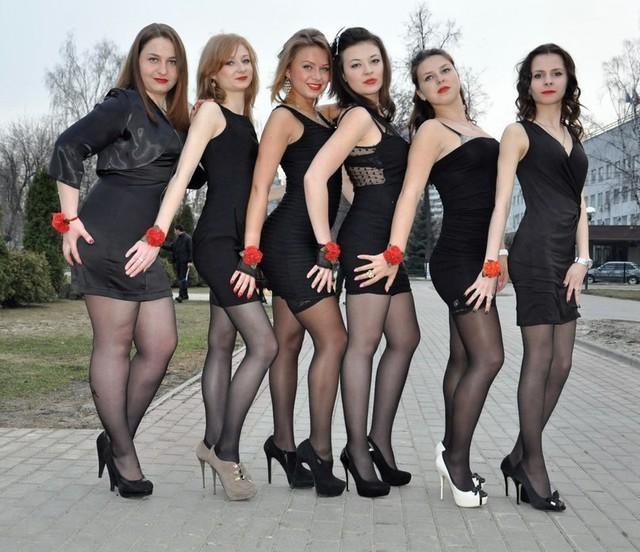В луганске девушку для группового секса топку