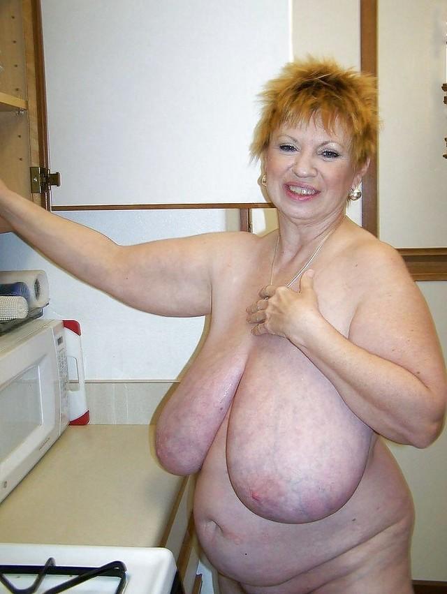 Бабушек сиски толстых фото голых смотреть про